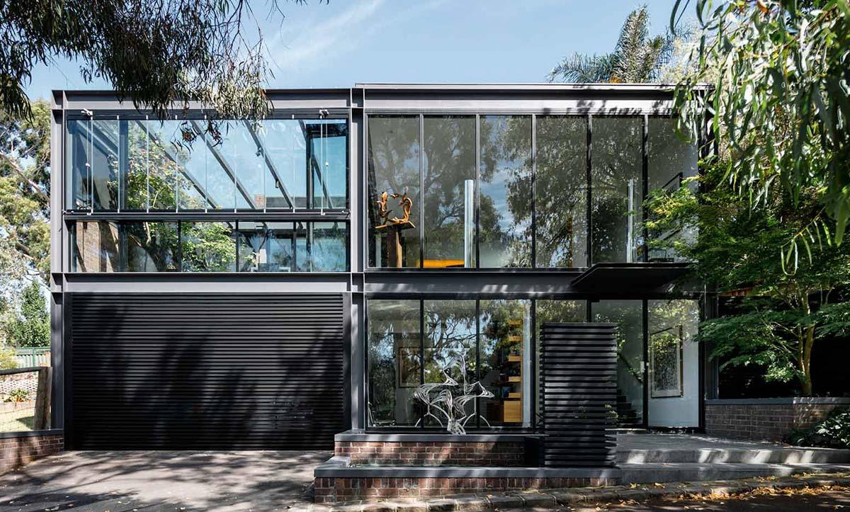 Frameless Doors Melbourne Image