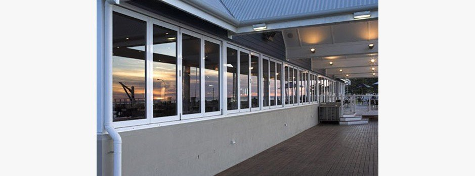 Nuline Commercial Bifold Windows
